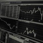 「アベノミクス投資家」は「安倍内閣支持率44%」を心配すべきか