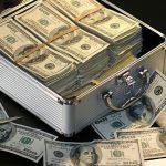 お金をたくさん持っていることは自慢になりません
